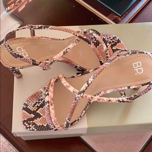 New BP snakelike summer shoes